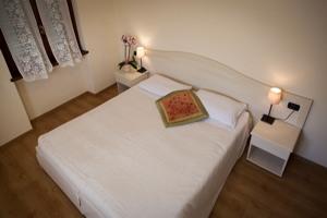 Double Room with double bed - Locanda Grifo, albergo a Lenno sul Lago di Como