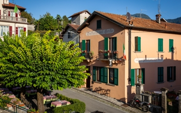 traditional inn on lake Como Locanda Grifo in Campo, Lenno