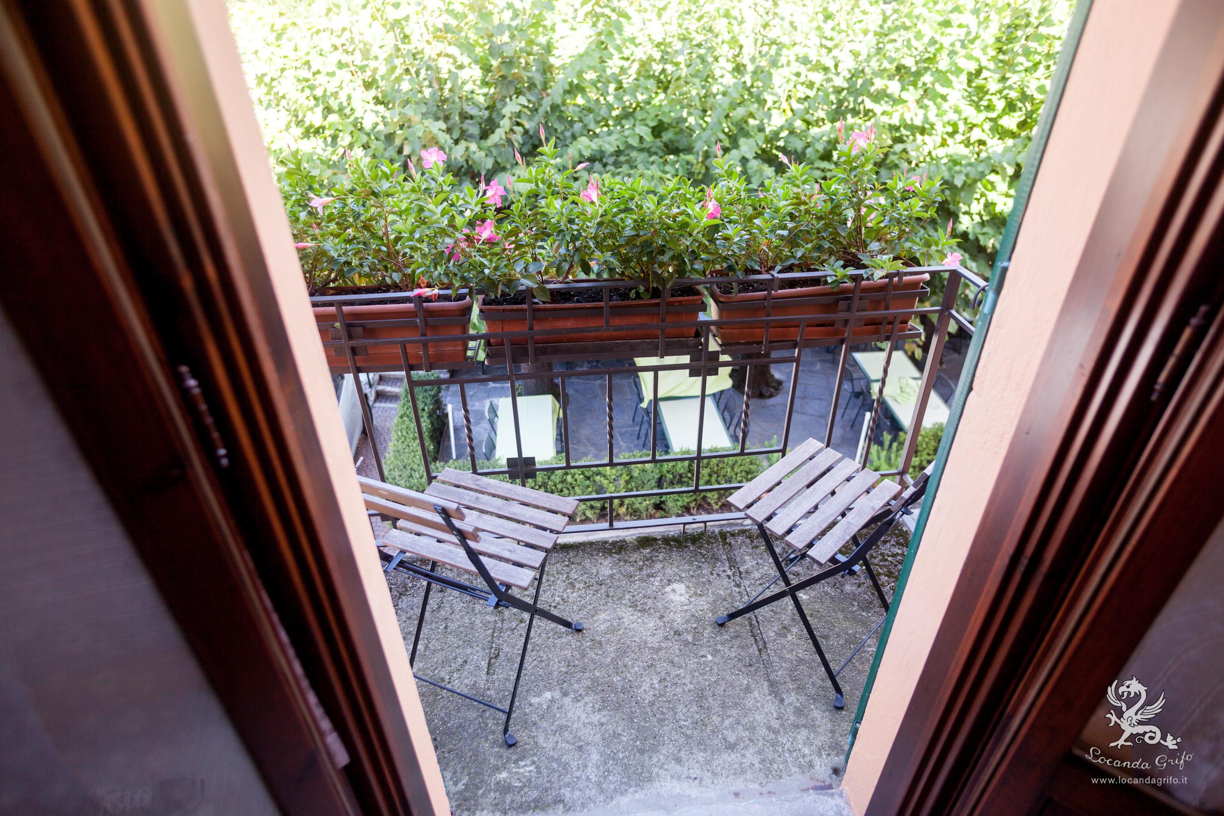 Vista Camera Tripla con letto matrimoniale - Locanda Grifo, albergo a Lenno sul Lago di Como